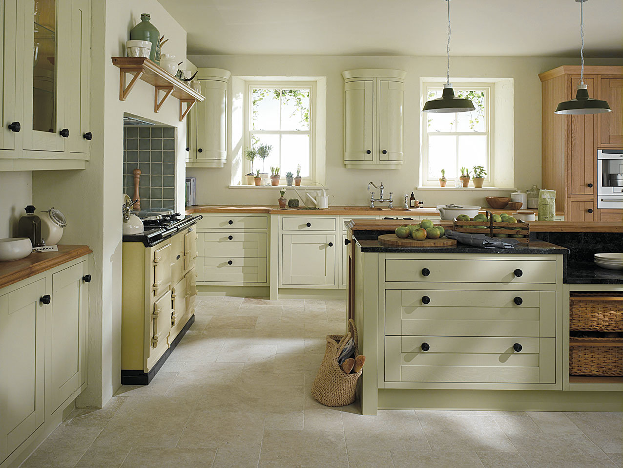 Design Features For Traditional Kitchens Homematas